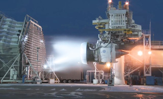 别人家的航发:世界最大航空发动机吸冰测试