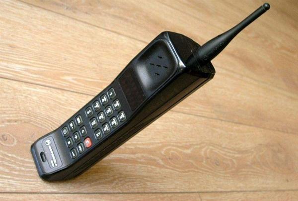 运营商情何以堪:手机厂商要抛弃SIM卡