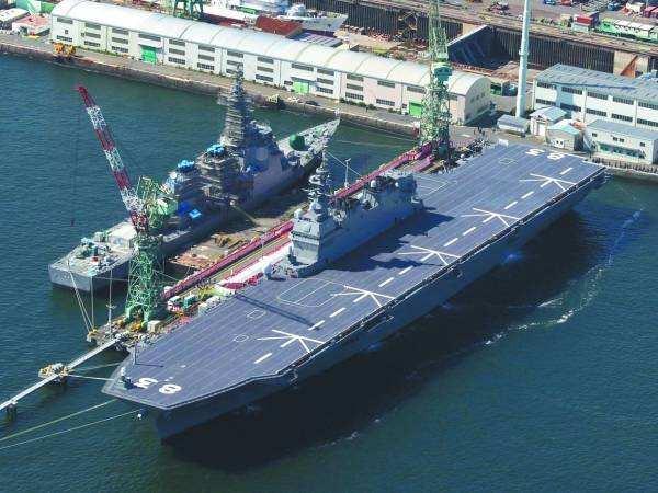 日美舰艇同时停靠金兰湾 被指展现团结牵制中国