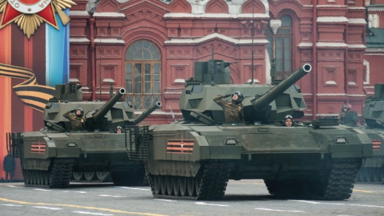 军费骤降惹的祸?俄军宣布阿玛塔坦克延期服役