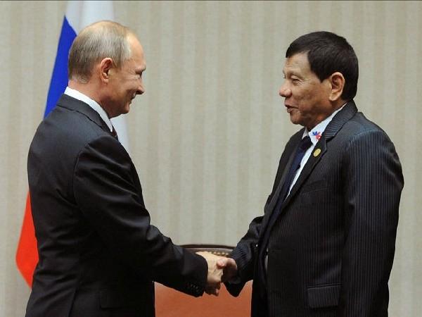 外媒:菲总统访俄欲买武器 不想再跟美打交道