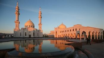 俄罗斯博尔加尔白色清真寺(上)
