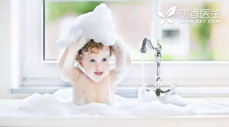 洗澡时间多长最好?健康洗澡的 4 个技巧