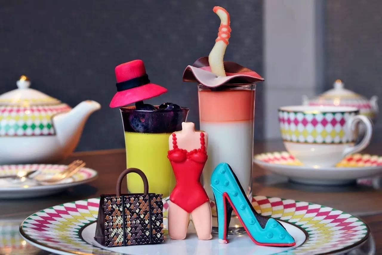 时装大牌搬上餐桌,你要先吃Gucci的包,还是Jimmy Choo的鞋?