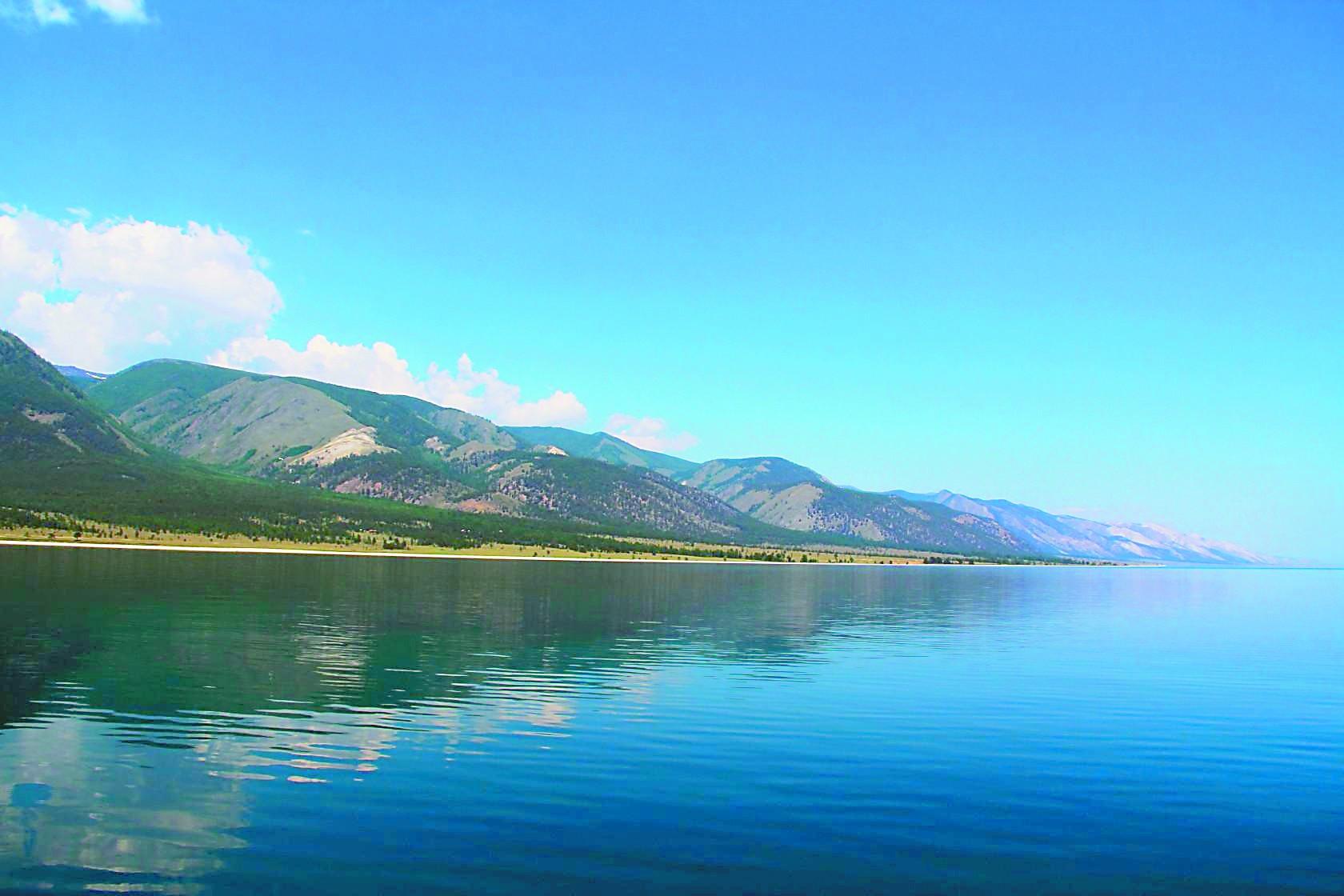 融醉贝加尔湖那片圣洁蓝