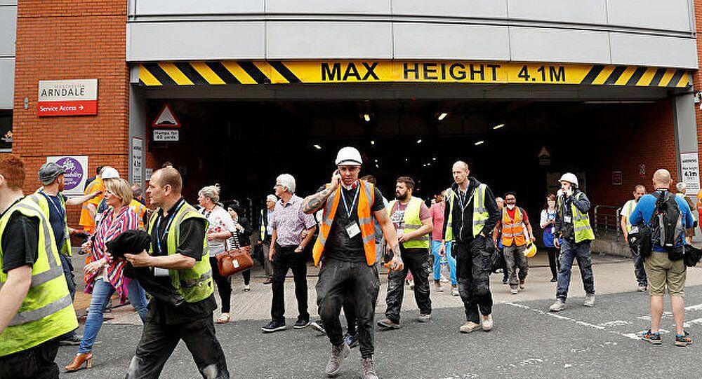 英媒:购物中心摄像头记录中发现曼彻斯特体育场爆炸案嫌犯的身影