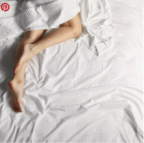 热成狗睡不着?法媒支招助您在夏季安然入睡