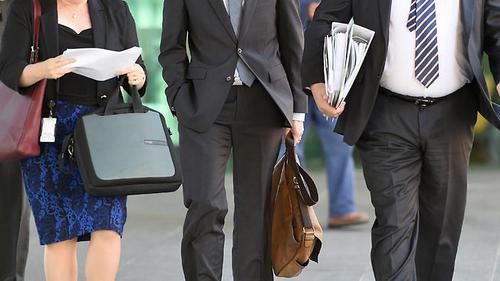 澳大利亚多元文化副部长:应实施更严公民英语测试