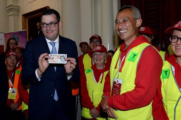 """澳大利亚州长为淘金时期征收""""人头税""""向华裔致歉"""