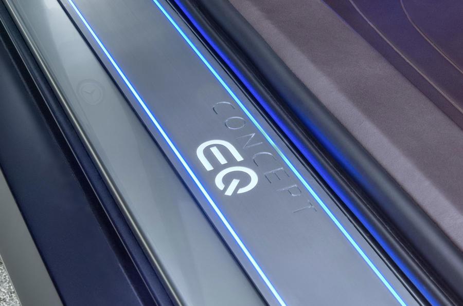 奔驰EQ系列添丁 电动掀背概念车9月亮相
