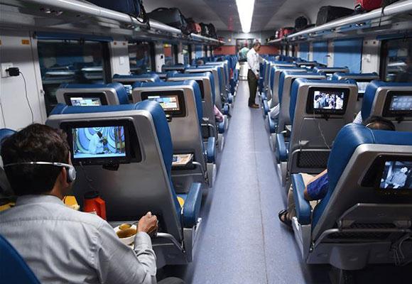 印度开通新豪华高铁线路内设电视wifi