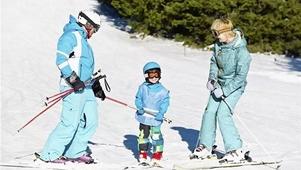 带孩子去滑雪你应注意这些