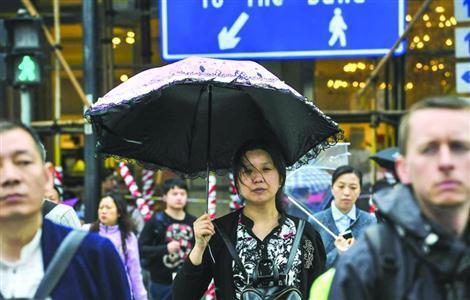 共享雨伞被曝在上海不到1天消失 商家:丢失量大