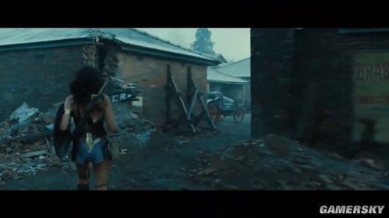 《神奇女侠》新片段曝光 戴安娜轻松秒杀众德军
