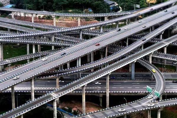 导航都看哭了!重庆最复杂立交桥完工