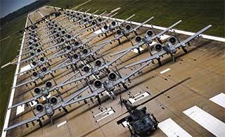 美军最强大攻击机排列玩象步
