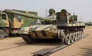 军校演练这样更换坦克履带