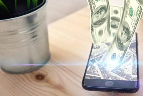 罗永浩评苹果抽取30%打赏费:傻X似的流氓