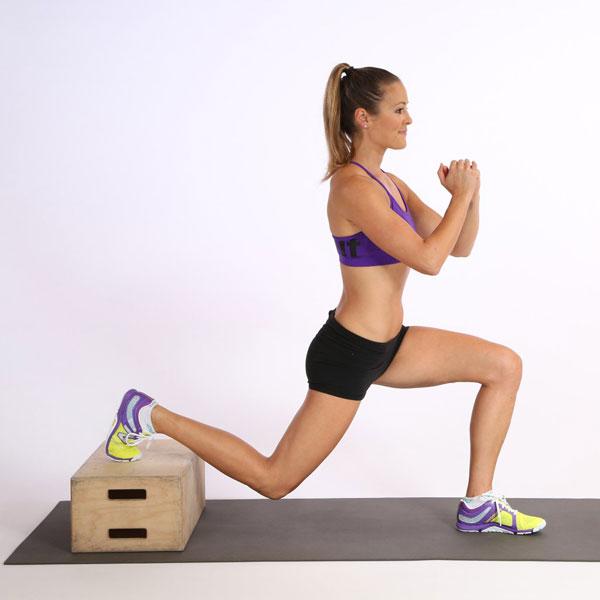 25个运动拯救你久坐不动的扁平臀