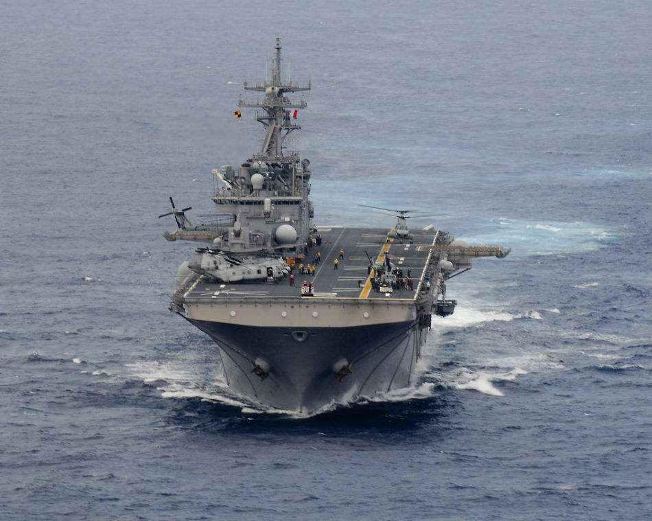 中国为什么需要两栖攻击舰?可配合航母用途灵活