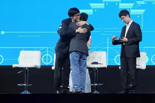 AlphaGo之父: 先解决智能 再用智能解决一切