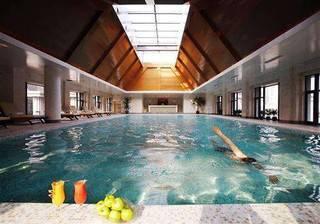 酒店游泳池游泳不幸溺亡 谁的锅?