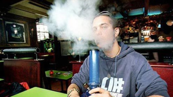 美国研究显示:越早吸大麻对其上瘾程度越高