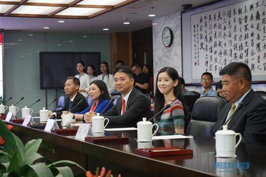 人大建校最高捐款:刘强东携妻向母校捐3亿元