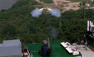韩国单兵反坦克导弹测试成功