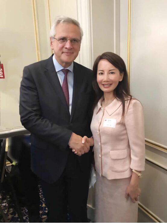 携程CEO孙洁参加中欧工商峰会推广中国旅游