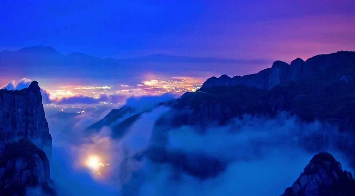 旅游 攻略玩法 正文    天台山旅游风景区位于浙江省天台县北面,依托