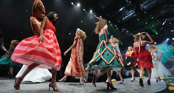 2017法国面包时装秀发布童话色彩流行新品