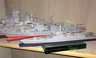 俄罗斯海军沦落到用模型展示军力
