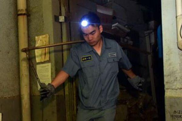 济南城最后的掏粪工:每天凌晨开工