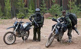 芬兰边防部队演习摩托车登场