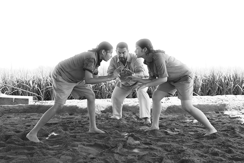 流行三千年的印度泥地摔跤 猴神的运动
