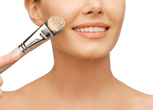 肌肤感到疲劳?试试肌肤负担减少的三种化妆方法