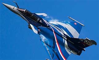 法国阵风战机换涂装有点儿像歼10