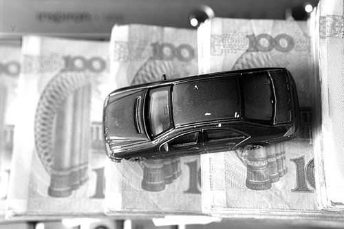 跨境并购提速 港股吉利汽车今年以来涨逾90%