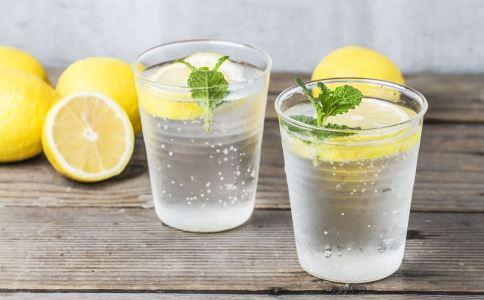4个诀窍让你泡出最佳柠檬水