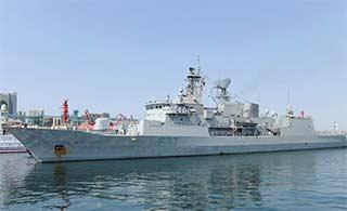 新西兰海军护卫舰访问青岛