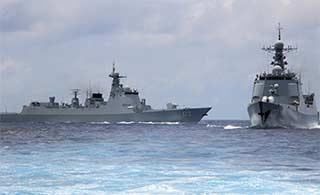 中国海军3艘驱逐舰南海演习