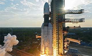 印度国产最大推力火箭升空