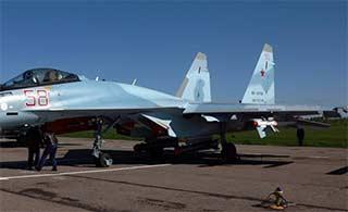 先进苏-35战机挂载落后导弹