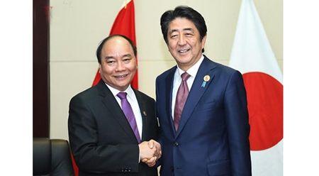 """安倍与越南总理会谈 表示""""严重关切""""南海局势"""