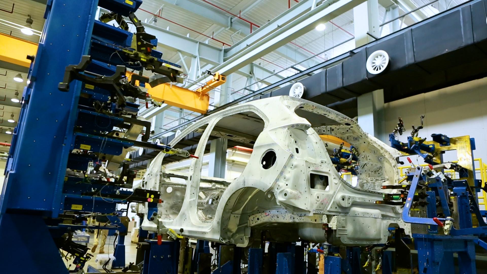 在虚拟世界里造车:机器人、红宝石与3D模型