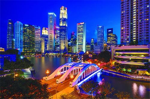 枕新加坡河的年华和情怀入梦