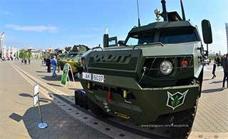 白俄罗斯自研装甲车外形很威猛