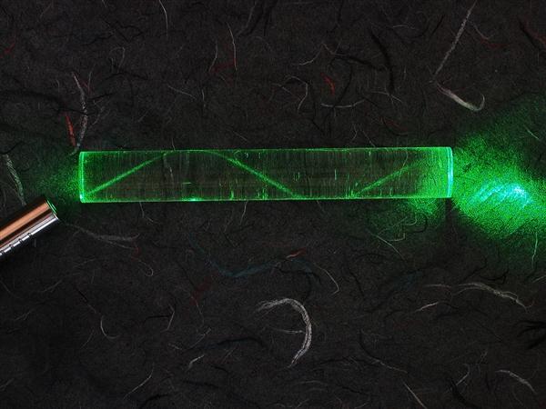 我国终于掌握海底光缆自主制造技术:指标超外企