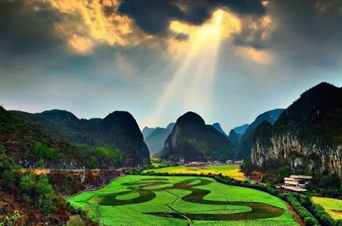 合·聚·变 | 2017年度中国自驾游路线评选贵州安顺启动